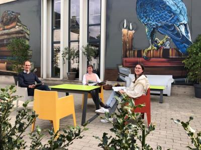 Ingang bibliotheek via Leesterras